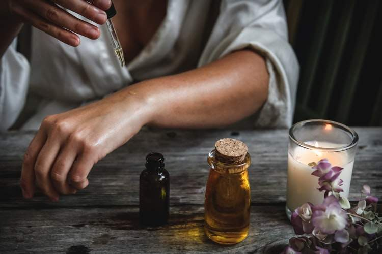 essential-oils-best smelling essential oils for diffuser